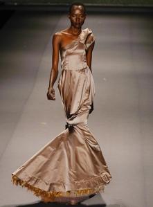 David_Tlale_Spring_2010_Fashion_Week_New_York_3_full
