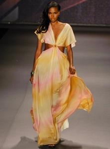 Tiffany_Amber_Spring_2010_Fashion_Week_New_York_1_full